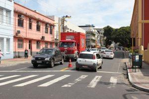 Criatividade para encontrar estacionamento em Manaus