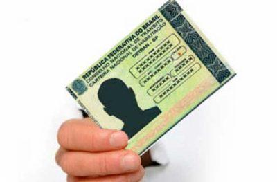 Condutor sem multas na CNH tem direito a desconto no IPVA