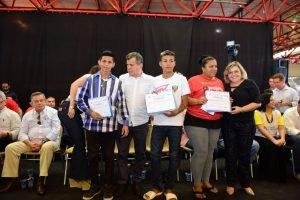 Governo do Amazonas encerra primeira etapa do Projeto Sinaleiras com a Colônia de Férias 'De Férias Sim, na Rua Não!