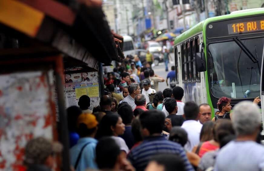 Duas empresas paralisam as atividades nesta segunda-feira em Manaus