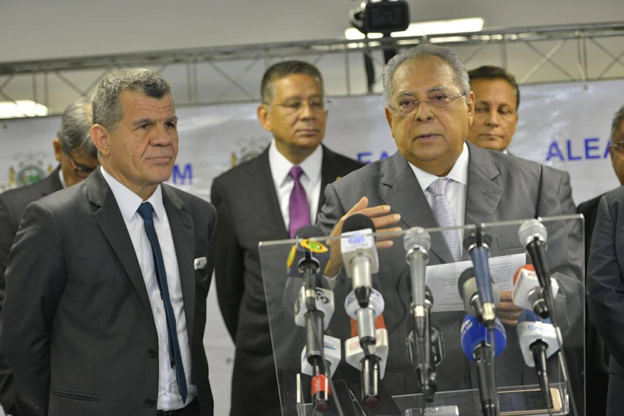 PM e Bombeiros receberão auxílio-fardamento e ticket
