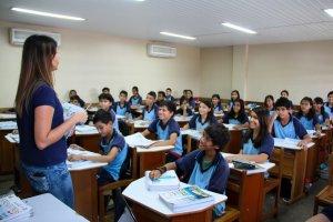 Seduc-AM seleciona professores de para qualificação internacional