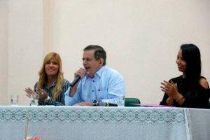 Seduc anuncia mais de 8 mil vagas em concurso público