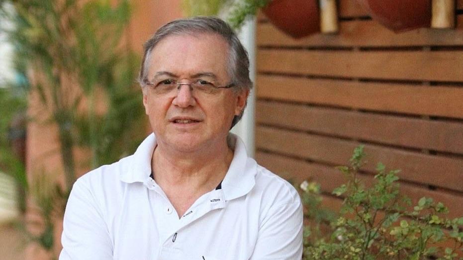 Bolsonaro indica professor Ricardo Vélez Rodríguez para o Ministério da Educação