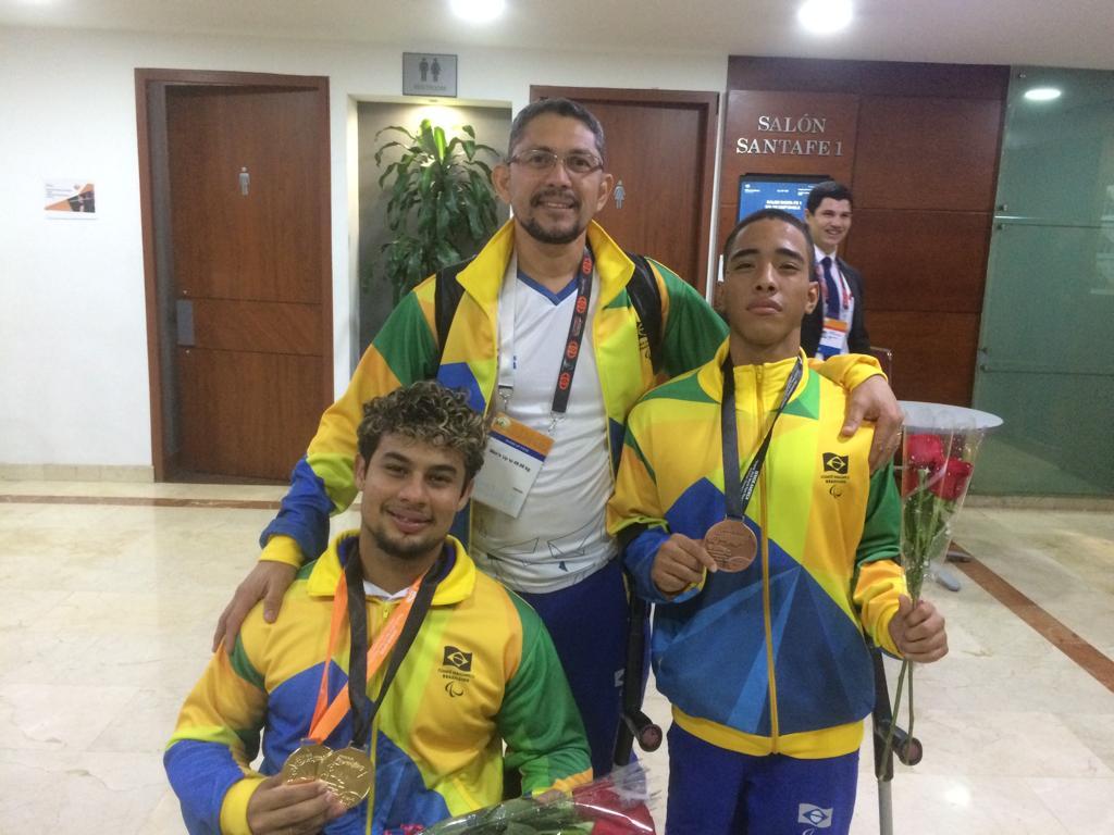 Paratleta de Halterofilismo do Ctara conquista prata e bronze em competição na Colômbia