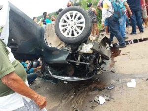 Acidente envolvento dois carros mata três pessoas na estrada Manaus-Manacapuru