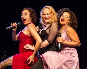 Lucinha Lins, Tania Alves e Virgínia Rosa comemoram 10 anos de sucesso de Palavra de Mulher, no Teatro Manauara