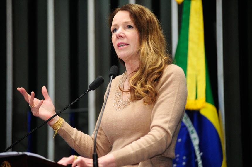 Vanessa Grazziotin gastou 16 mil reais em visita à Coreia do Norte
