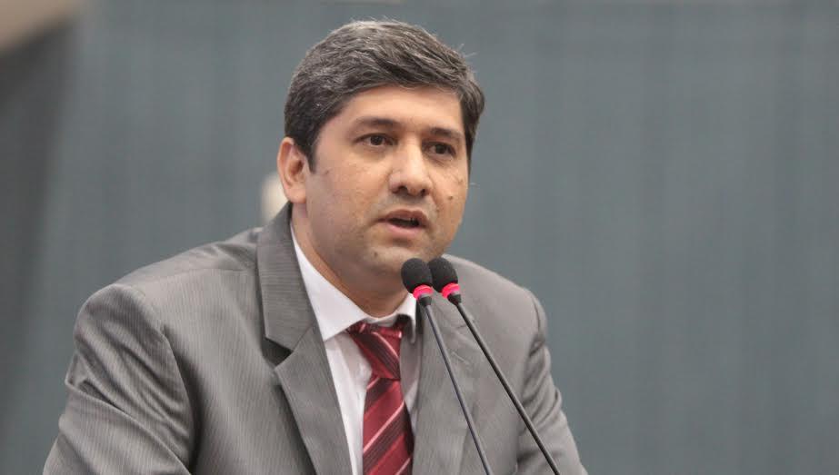 Com 41 votos, vereador Joelson Silva é eleito o novo presidente do Poder Legislativo