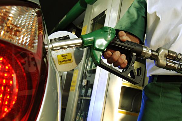 Preços da gasolina e do diesel têm queda na semana, aponta ANP