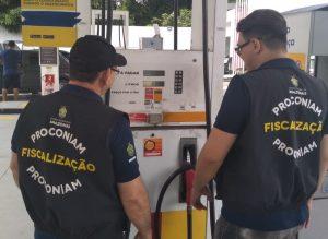 Postos são notificados por prática abusiva em preços de combustíveis em Manaus