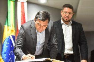 Wilson Lima diz que encontrou rombo de R$ 2,3 bilhões nas finanças do Estado