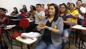 Cursos de capacitação oferecem mais de 770 vagas para diversas áreas em Manaus