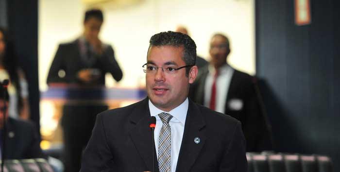 Josué Neto dá sinais que irá para disputa da prefeitura de Manaus