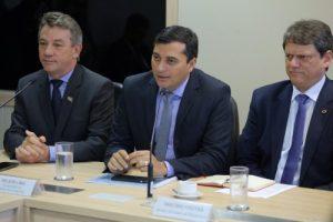 Ministro da Infraestrutura garante à Wilson Lima, priorizar licenciamento e projeto da BR-319