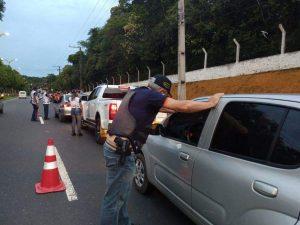 Detran-AM multa mais de 40 motoristas dirigindo embriagados no fim de semana