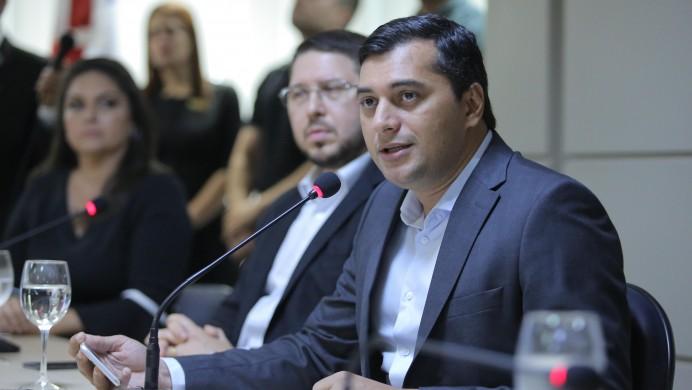 Governo anuncia obras de quase R$ 800 milhões na capital e no interior do AM