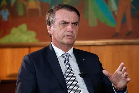 """Jair Bolsonaro anuncia 'Lava Jato da Educação'. """"Há algo de muito errado acontecendo"""""""