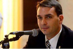 Flávio Bolsonaro propõe maioridade penal de 14 anos para tráfico de drogas e outros crimes