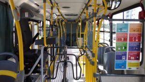 Motorista cai de ônibus durante assalto, é atropelado e morre em Manaus