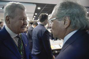Paulo Guedes garante Zona Franca de Manaus em encontro com prefeito Arthur Neto