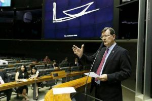Deputado José Ricardo critica decreto de Bolsonaro sobre visto de estrangeiros e base de Alcântara