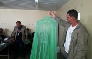 Prefeitura de Manaus começa instalação de mosquiteiros para combate à malária