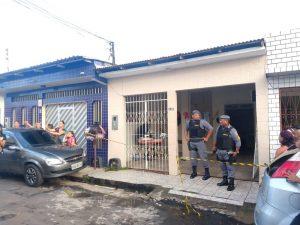 Homem morre trancado em quarto durante princípio de incêndio, em Manaus