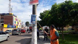 Operação 'Manaus Limpa' remove mais de 170 materiais publicitários em Manaus