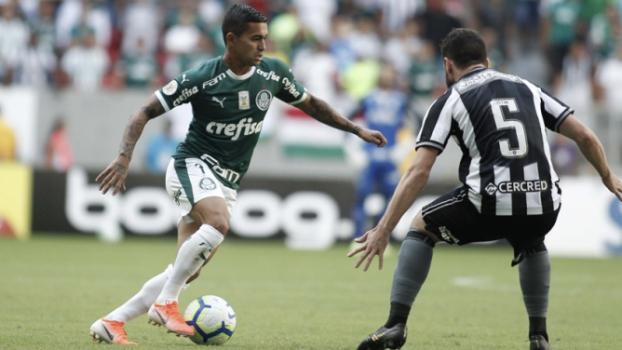 Palmeiras vence Botafogo e mantém liderança do Brasileirão