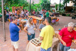 Feira da FAS realiza edição comemorativa de um ano neste domingo