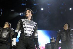 Maior tributo do mundo em homenagem ao Rei do Pop traz o melhor de Michael Jackson para Manaus
