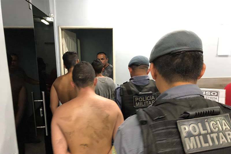 Bando é preso após realizar arrastão e entrar em confronto com PMs, em Manaus