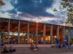 Ministro do STF nega suspender bloqueio de 30% nas Universidades Federais