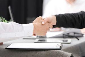 Palestra gratuita: Psicóloga dá dicas de como se comportar em uma entrevista de emprego, neste sábado