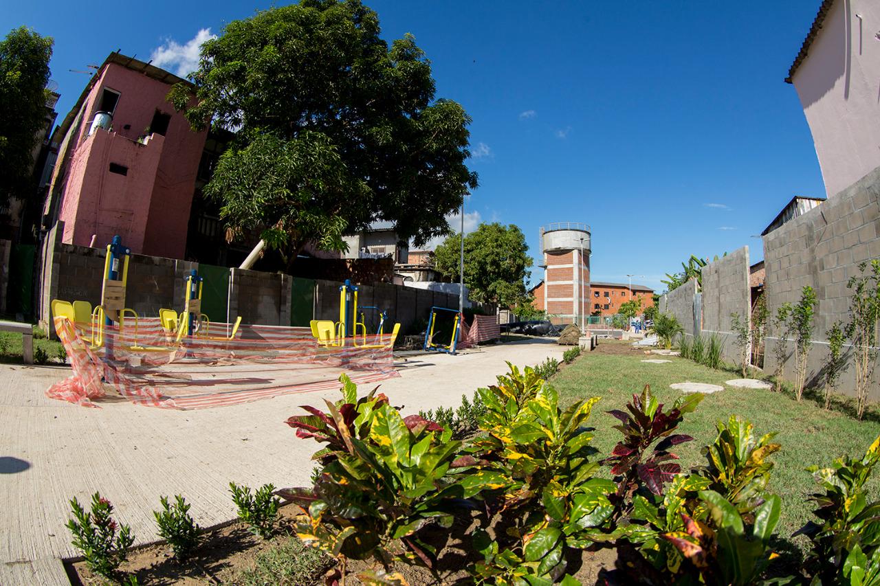 Moradores do entorno do Igarapé Mestre Chico vivenciam nova área revitalizada