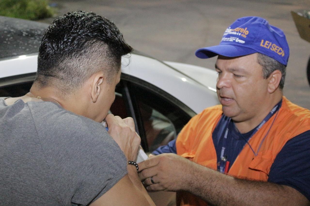 Em cinco dias, Detran-AM realiza 330 testes de alcoolemia e flagra 69 condutores alcoolizados