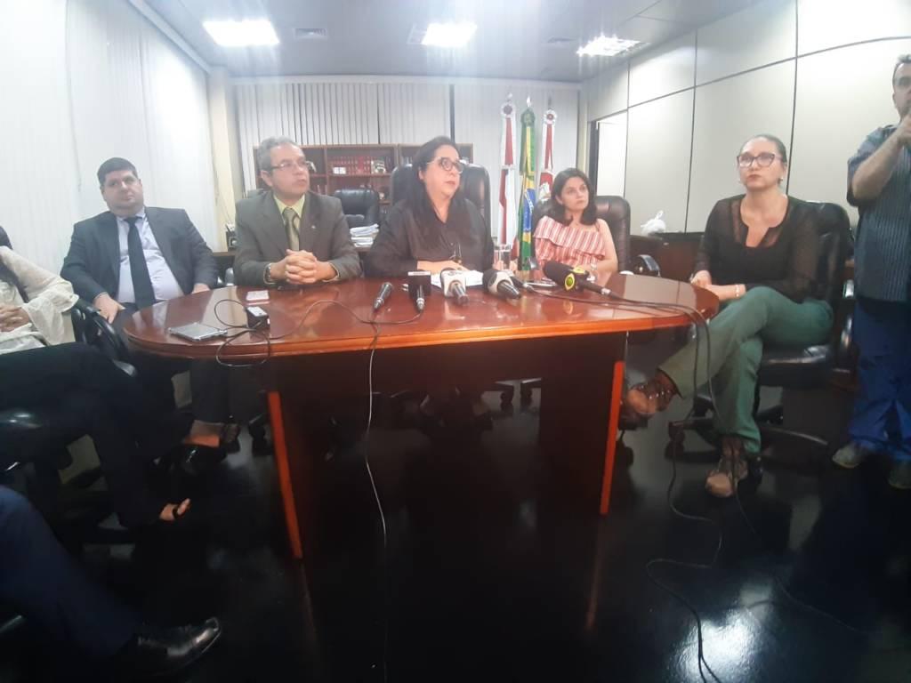 Ministério Público vai abrir 2 inquéritos para investigar mortes de detentos em presídios de Manaus