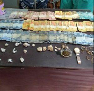 Polícia prende dez pessoas, apreende dois adolescentes, oito armas de fogo e drogas no interior do Amazonas