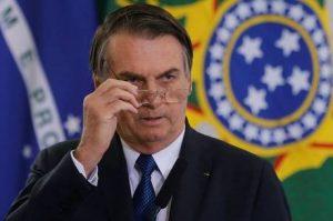 Em discurso, Jair Bolsonaro diz haver 'ameaças' ao seu governo