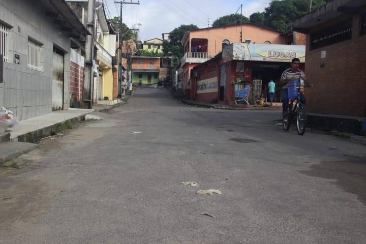 Homem Cai Em Emboscada E é Executado Com 12 Tiros Em Manaus