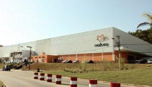 Natura anuncia compra da Avon e cria receita de US$ 10 bilhões