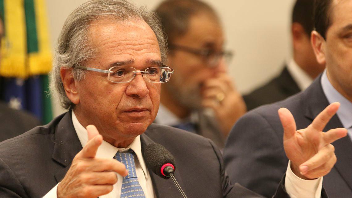 Governo Federal estuda liberar saques em contas ativas do FGTS