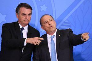 Bolsonaro vai exonerar ministros que podem votar reforma na Câmara