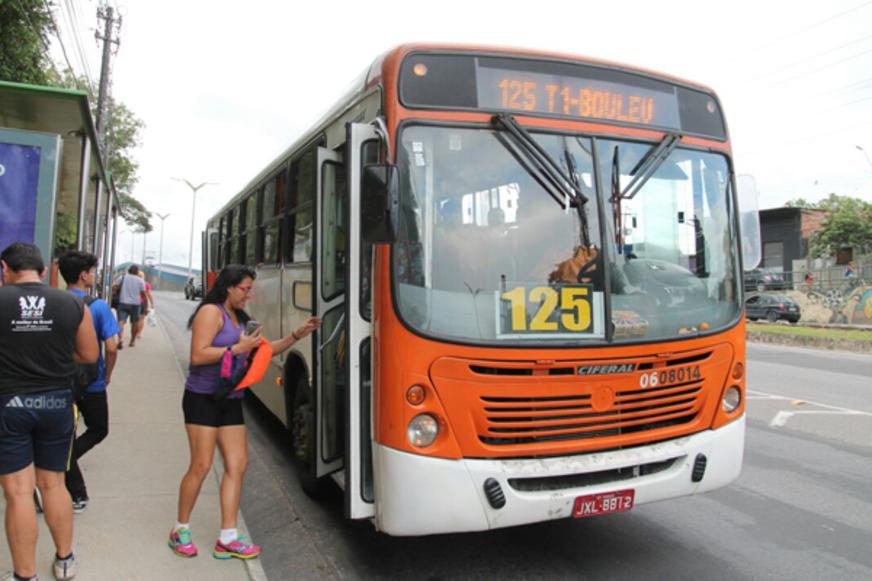 Órgãos públicos de Manaus propõem medidas para diminuir assaltos a ônibus