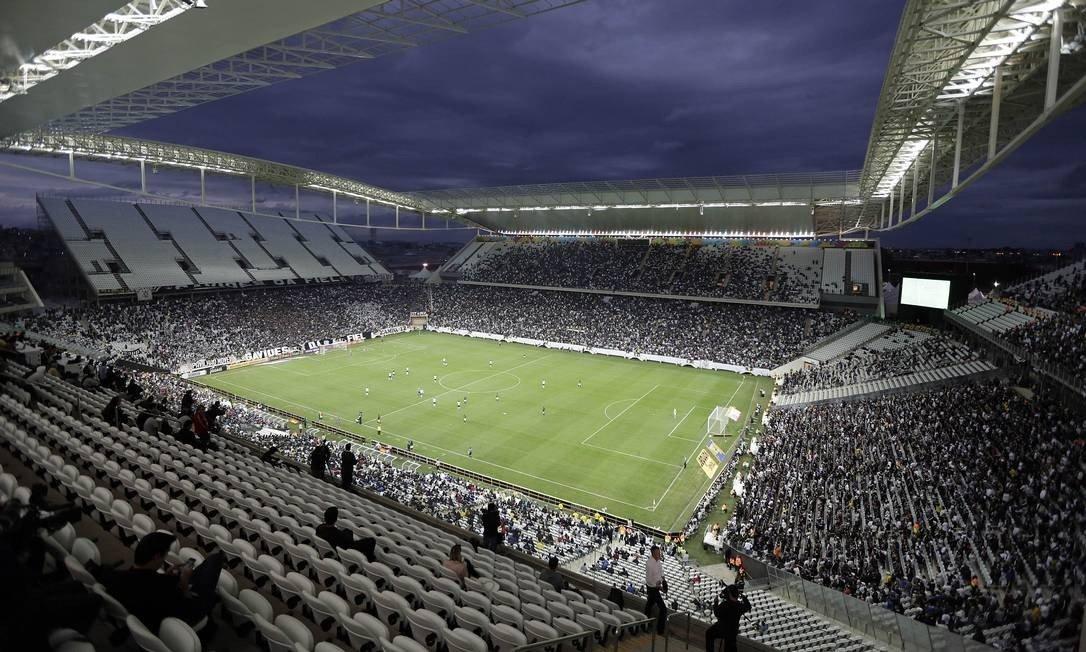 Corinthians deve R$ 1,1 bi do seu estádio mesmo cinco anos após inauguração
