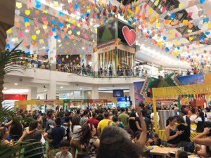 Arraial doAmazonasShoppingentra em clima de boi bumbá, com a proximidade do Festival de Parintins