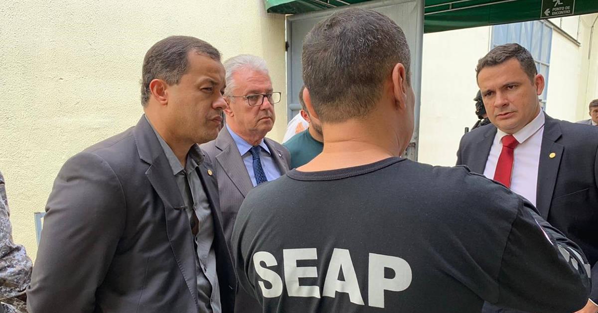 Deputados do AM realizam inspeção em presídios de Manaus