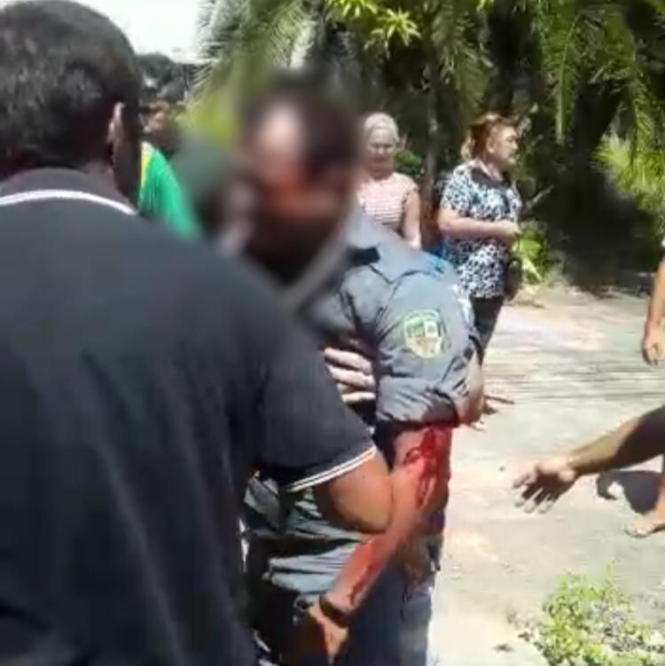 Viatura da PM colide com carreta e deixa feridos, em Manaus 2