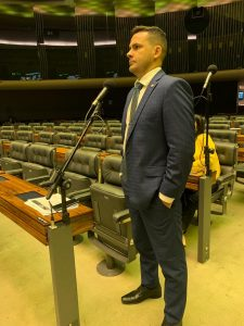 Alberto Neto defende Zona Franca de Manaus após anúncio de medida que pode prejudicar economia do Amazonas